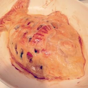 釣魚を使った料理:スズキのパイ包み〜マッシュルームのホワイトソース添え〜